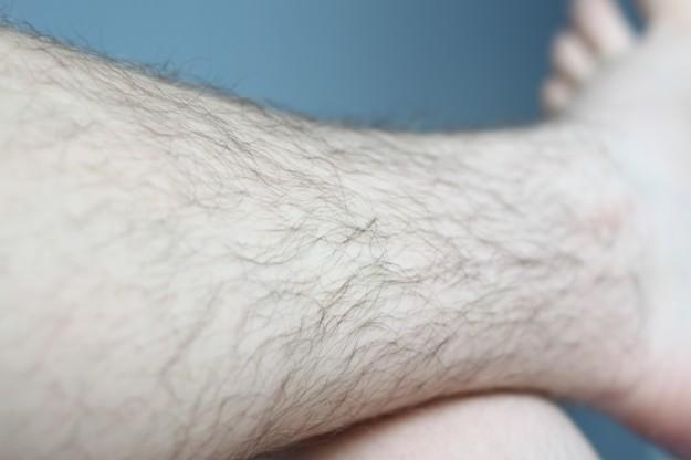 håriga ben kille